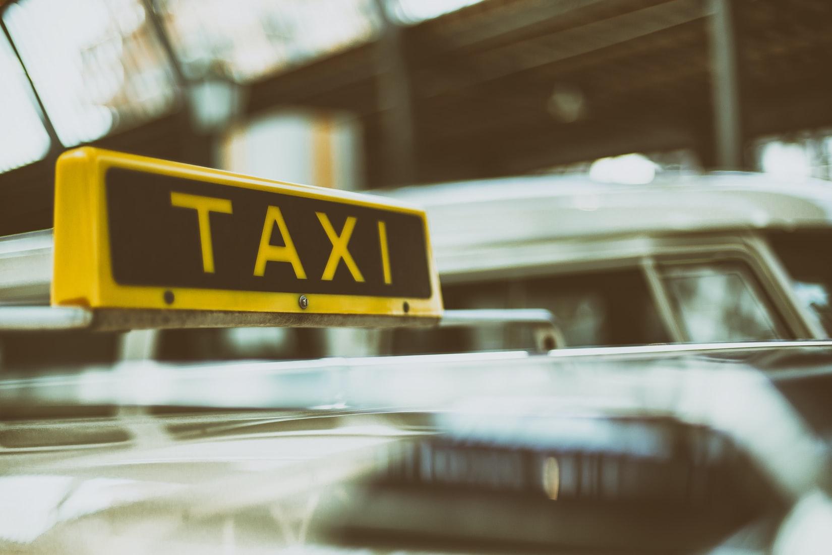 taxi amsterdam quanto costa